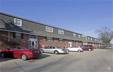 orchard trace apartments rentals peoria il apartments