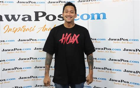 film komedi indonesia yang dibintangi tora sudiro tora sudiro berharap makin banyak jaringan bioskop di