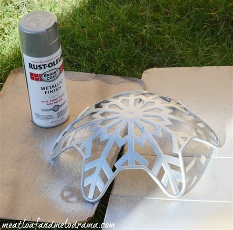 spray paint plastic metallic diy metallic snowflake basket an easy dollar store
