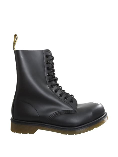 maine boots dr martens classic maine boot black in black for lyst