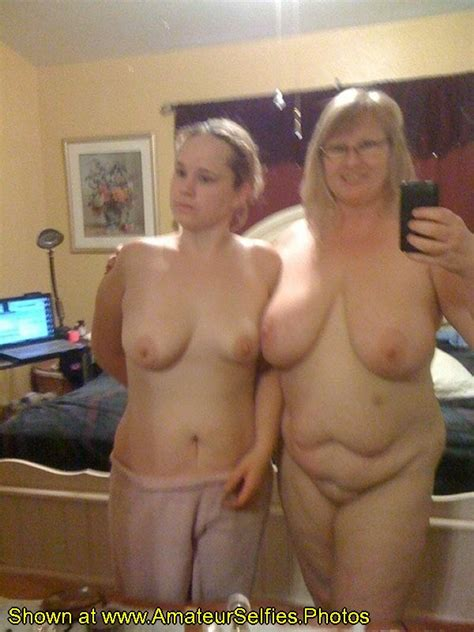 Mom And Daughter Amateur Selfies