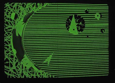 the game in the dark tullet game series herv 233 tullet 9780714864853 amazon com books magiczny herve tullet książka świecąca w ciemnościach cudowne i pożyteczne