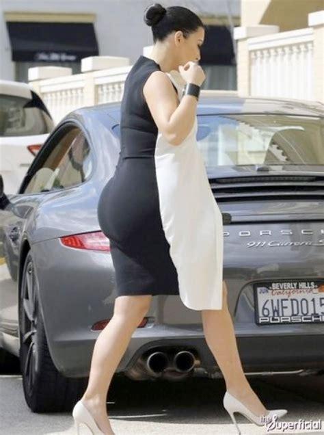 fotos blanco y negro embarazo kim kardashian parece una nevera de dos puertas con este