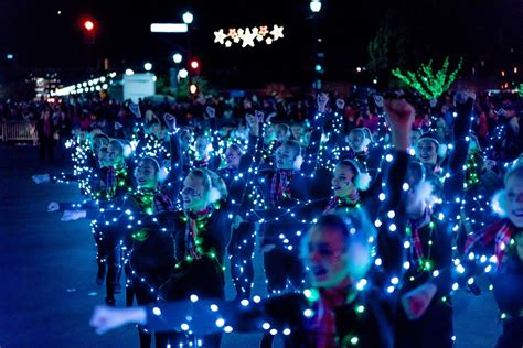 tempe fantasy of lights 2017 boat and float parades