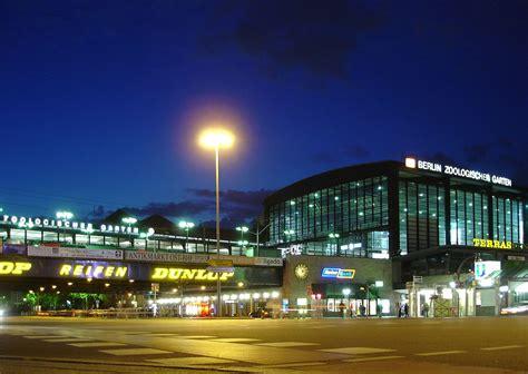 Bahnhof Zoologischer Garten by Bahnhof Berlin Zoologischer Garten
