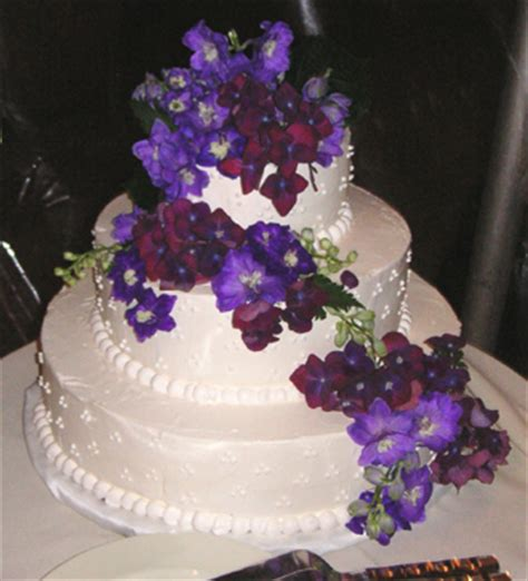 Hochzeitstorte Lila Blumen by Wedding Cake With Purple Flowers