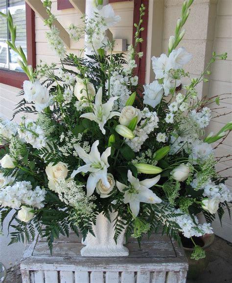 church wedding flower arrangement pictures wedding flowers for church