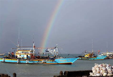 philstar philippine news for the filipino global - Sinking Boat In Quezon