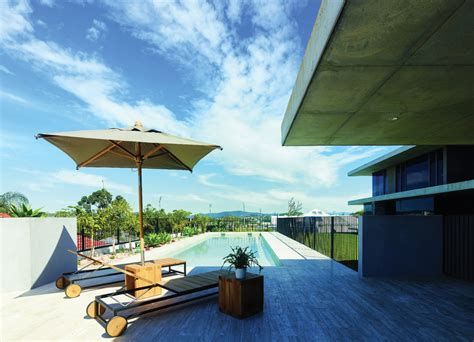 queensland home design and living magazine queensland home a modern memorable design completehome