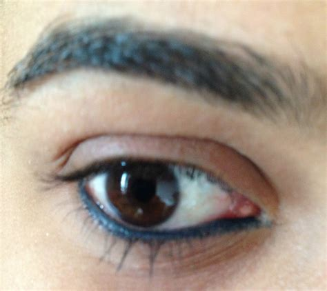eyeliner tutorial lower lid 21 really popular beauty trends styles weekly