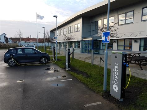 Free Electric Vehicle Charging Stations Uk Cavotec Rolls Out Ev Charging Stations At Company