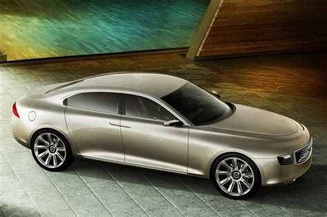bmw  series     competitor volvo