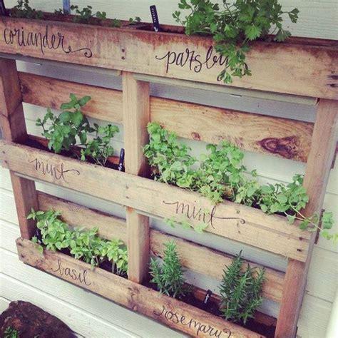herb garden diy pallet herb garden diy yard pinterest