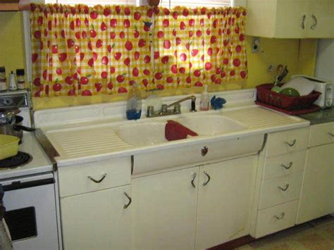 Retro Kitchen Faucets Kitchen Sink And Cabinet Vintage Youngstown Kitchen