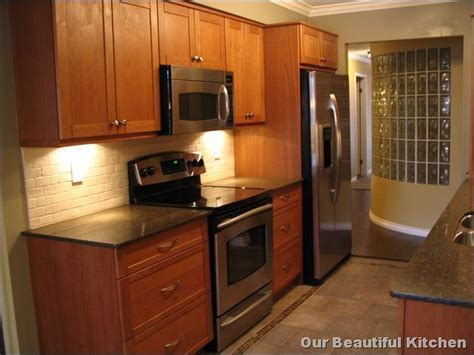 small condo kitchen ideas best 25 small condo kitchen ideas on condo