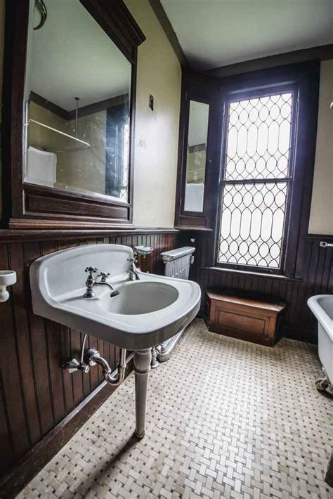 victorian bathroom floor best 25 victorian bathroom mirrors ideas on pinterest
