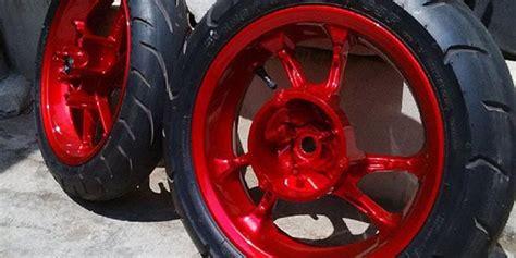 Motor Cb Warna Biru Dongker