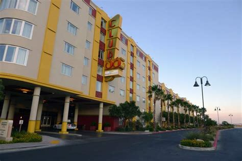 where to stay in las vegas for families bluegreen