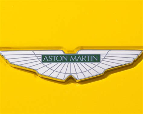 vintage aston martin logo aston martin logo my car logos vintage sport cars