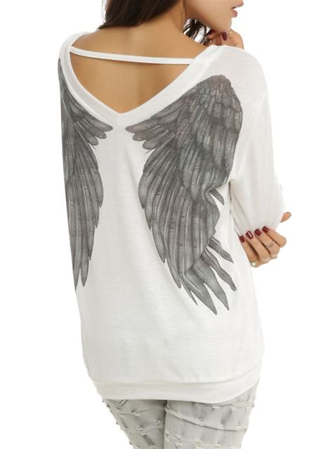 wing sweater top topic