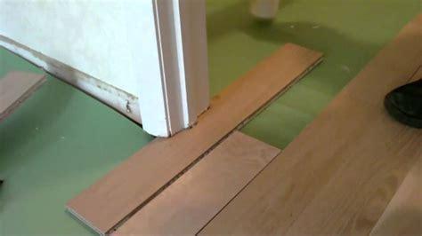 install floating wood floor under door jamb.MP4   YouTube