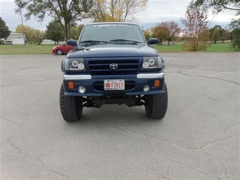 1998 Toyota Tacoma 4x4 Mpg Find Used 1998 Toyota Tacoma 4x4 Lifted With Extras In