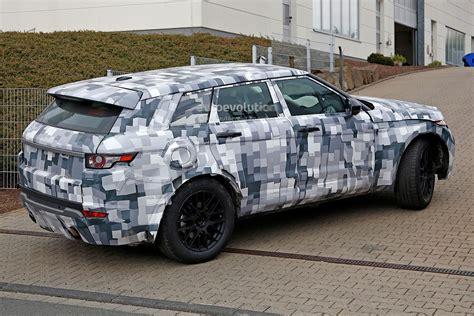 jaguar jeep spyshots jaguar suv mule spied up close autoevolution