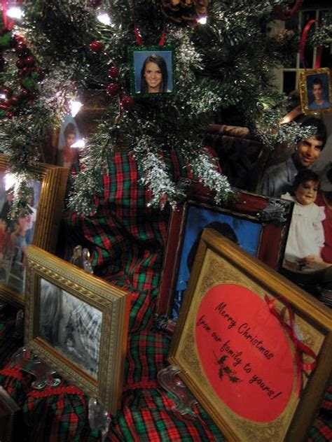 Pottery Barn Austin Texas Christmas C R A F T 12 Family Tree Ornaments C R A F T