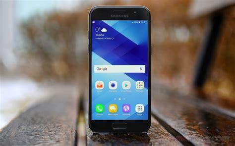 Samsung Galaxy A3 2017 Black Garansi Resmi 1 Tahun samsung galaxy a3 2017 review gsmarena tests