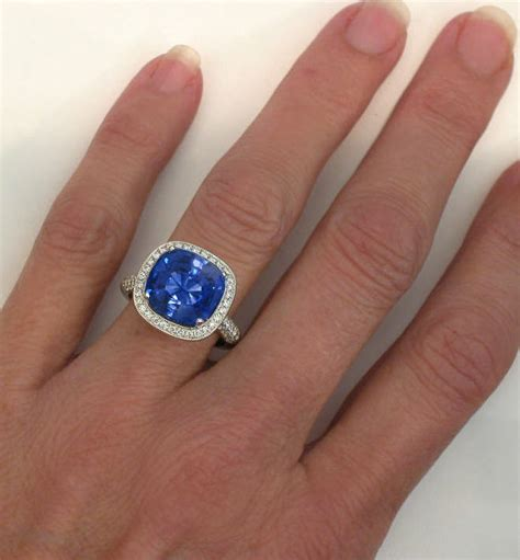 Light Blue Ceylon Sapohire Sri Langka 217 Crt large sapphire engagement rings images photos and pictures