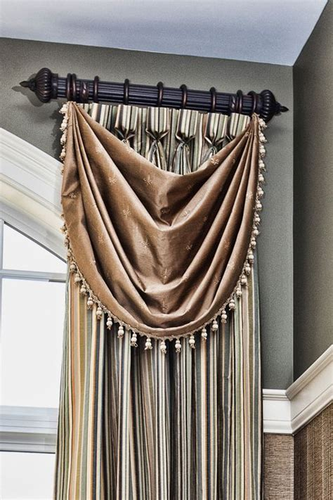 short rods for curtains 25 best ideas about short window curtains on pinterest