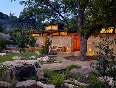 lake boat episode modern family 1000 ideas about modern ranch on pinterest cliff may