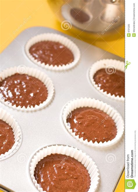 baking cupcakes royalty free stock photo image 9701225