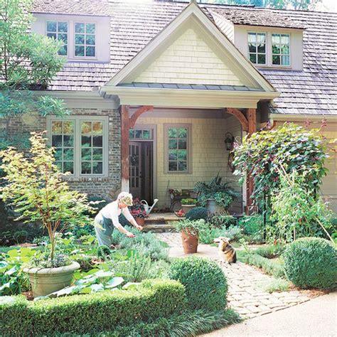 Front Yard Sidewalk Garden Ideas Front Yards And Planting Front Yard Vegetable Garden Ideas
