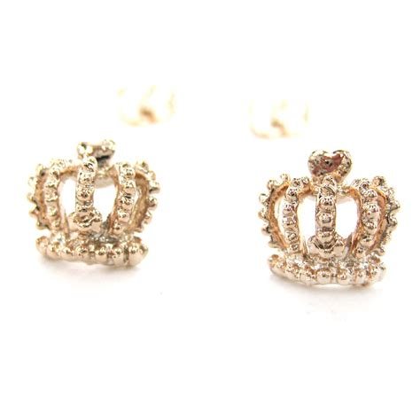 small crown shaped princess themed stud earrings in