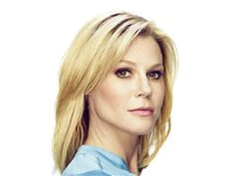 modern family hairstyles hair on pinterest julie bowen modern family and