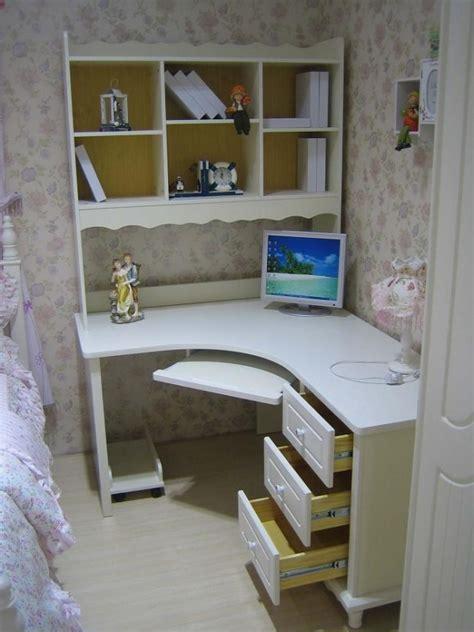 librerie con scrivania scrivania ad angolo con libreria tavolo porta pc da