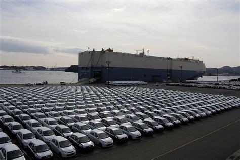 ship car by boat 18 000 hp nissan car carrier nichioh maru