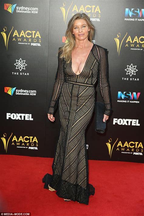 Hacksaw Ridge Online tammy macintosh flaunts extreme cleavage in semi sheer