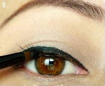 tutorial eyeliner gel pemula tutorial eyeliner untuk pemula