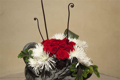 japanese ikebana arrangements  christmas