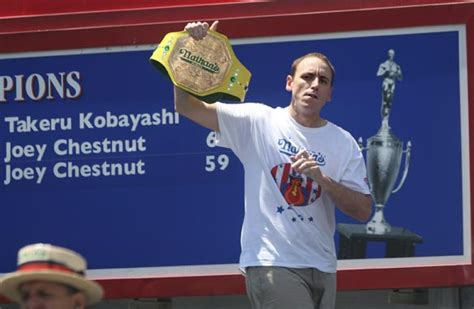 Joey Chestnut Does It Again by Can Joey Chestnut Win Nathan S Contest Again American
