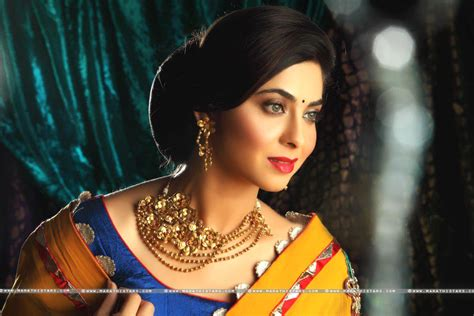 biography marathi movie sonalee kulkarni marathi actress photos biography wiki movies