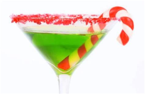 Christmas Themed Drinks   6 christmas themed drinks to get you holiday wasted