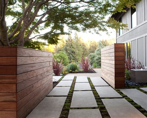 modern landscaping shadow box fence landscape modern with concrete fence