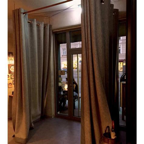 windfang vorhang thermovorhang aus filz winddicht und atmungsaktiv