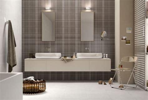 come illuminare lo specchio bagno come illuminare il bagno casanoi