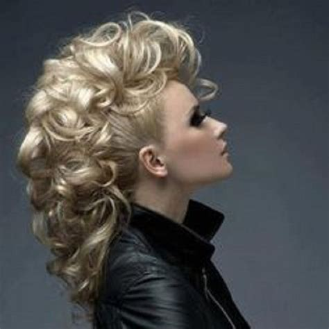 mohawk hairstyles ll eaving hair long at back of head updo for long hair mohawk women hairstyles ideas