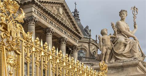 palace  versailles paris book  tours getyourguidecom
