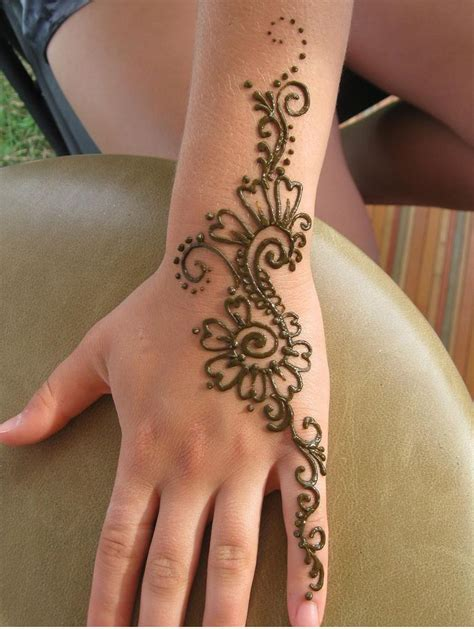 henna tattoo simple hand henna tattoos